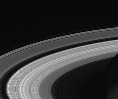 saturn-rings-410